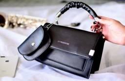 Bag preta duas alças removíveis mais porta níquel