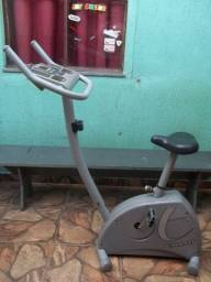 Título do anúncio: Bicicleta Ergométrica Magnética Vertical Caloi Premium CLE30 - 150 Kg