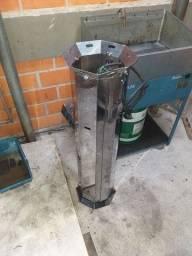 Máquina de fazer farinha de rosca