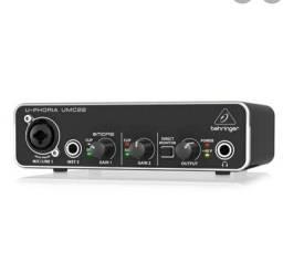 interface de audio umc 22