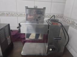Vendo máquina de picar carne