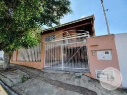 Casa com 3 dormitórios para alugar- Vila São José - Várzea Paulista/SP