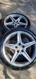 Jogo de rodas Mercedes serie C AMG aro 18 com pneus semi-novas