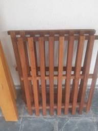 Cama de solteiro (Madeira) - Usada