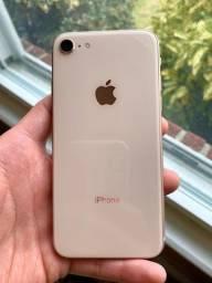 iPhone 8/64Gb (Seminovo)