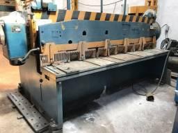 Máquina ( Guilhotina 3000x12'' )
