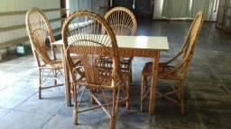 Mesas e cadeiras de vime para restaurante