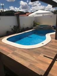 Cod.1512 -Casa linda com piscina. Churrasqueira e muito conforto