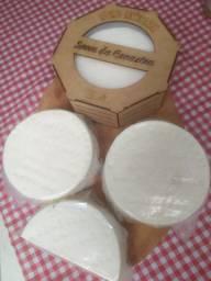 Queijo canastra - peça 600grs Direto de Minas Gerais da serra da Canastra