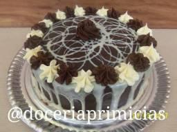 Kit festa R$:100,00 1 torta +30 salgados +20 doces