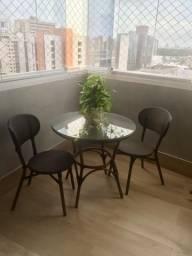 Conjunto de varanda tok stok - 1 mesa e 2 cadeiras- sem avarias e pouco usadas