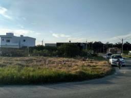 Vendo terreno no bairro Liberdade. Rua principal esquina da praça.  320m².