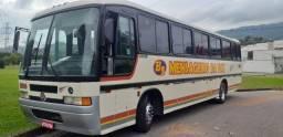 Ônibus rodoviario merc,benz motor dianteiro muito novo.abaixei pra vender