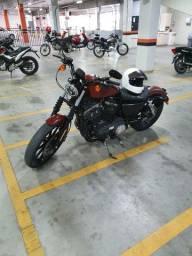Moto Harley Davidson Iron 883