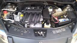 Renault Sandero muito novo