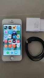 I Phone SE, 64 Gb, prata