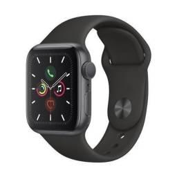 Apple Watch Series 5 (GPS) - 40mm