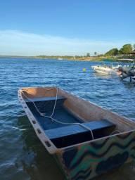 Vendo barco de fibra pra pesca e passeio -