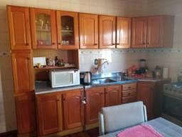 Ótima cozinha bem conservada
