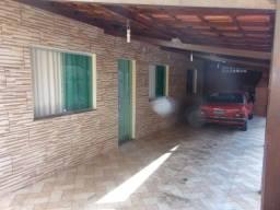 Casa à venda, Vale das Amendoeiras, Contagem.