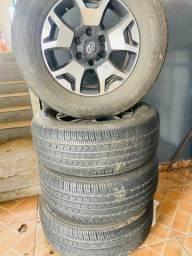 Jogo de roda aro 17 hilux + pneus 265/65 r17 semi nova