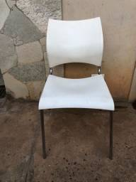 Título do anúncio: Vendo 2 cadeiras de escritório