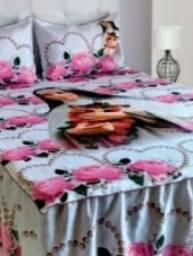 Colchas e cortina feito por encomenda valor: 200 reais casal.