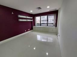 Título do anúncio: EXCELENTE SALA para aluguel tem 31M2 Copacabana - Rio de Janeiro - RJ