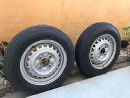 Jogo de pneu e aro do fusca
