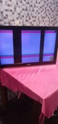 Tv de 32 polegadas LCD com defeito