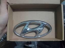 Emblema Da Tampa Traseira Hyundai HB20