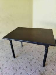 mesa de madeira cor tabaco