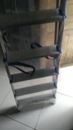 Escada de alumínio nunca usada de 7 degraus zerada ZAP *