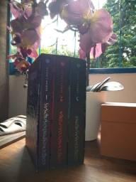 Box Corte de Espinhos e Rosas 3 Volumes