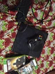 Xbox 2 jogo e um controle