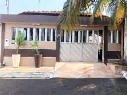 Casa no condomínio Vila Verde I, 3 quartos sendo 1 suíte, 1 Piscina