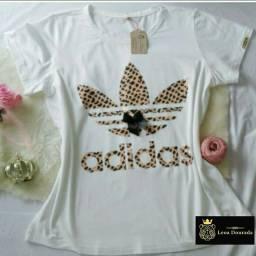 T-shirt feminina ADIDAS DE ONCINHA