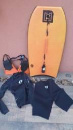 Título do anúncio: Conjunto Prancha se Body Board + Nadadeiras + Roupa de Neoprene