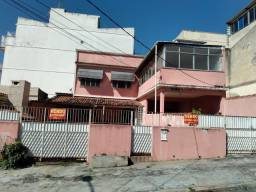 Título do anúncio: Vista Alegre 2 casas independentes