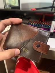 Vendo carteira de couro sintético