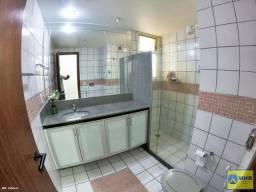 Apartamento em Mata da Praia, localizado na cidade de Vitória / ES