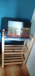 Vendo estante de madeira, com aquário incluso na compra