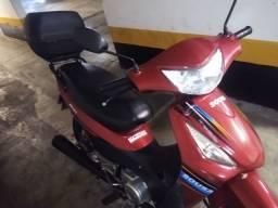 Moto 110 cc c/ 6 mil km marca Sousa