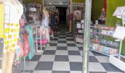 Alugo frente de loja em Galeria
