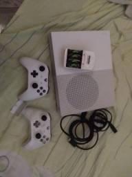 Título do anúncio: Xbox one S 1T 4k
