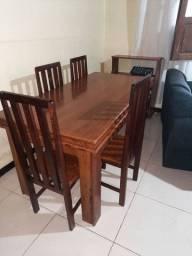 Mesa de Jantar de Angelim