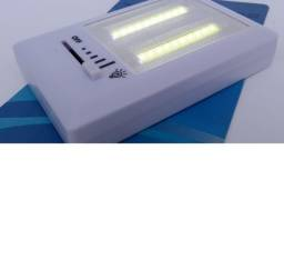 Luminária de Led Portátil Regulável C/ Imã - Pilhas
