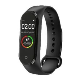 Relógio Inteligente M4 WK Bluetooth /Batimentos Cardíacos / Smartwatch Esportivo