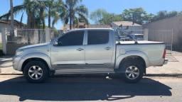 Título do anúncio: Toyota Hilux Gasolina