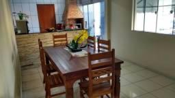 Cobertura em Ipatinga, 04 qts duas suítes, 2 vgs, área gourmet com churrasq. Valor 500 mil